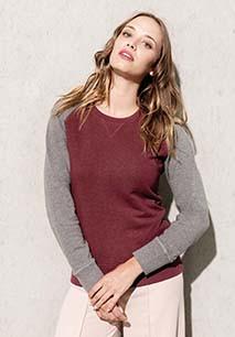 Ladies' two-tone organic crew neck raglan sleeve sweatshirt